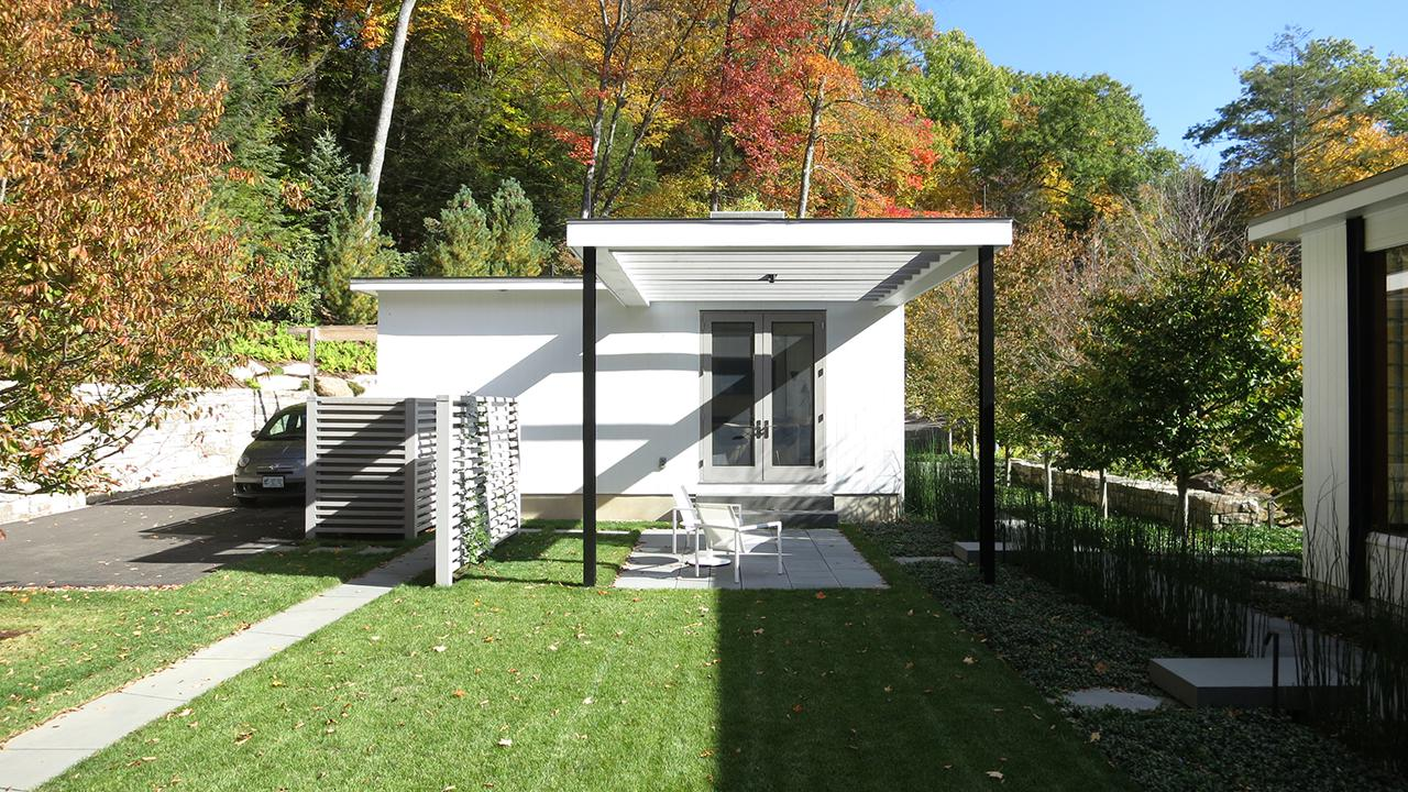 CT Midcentury Modern guesthouse exterior