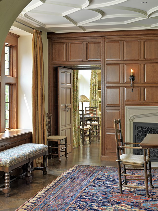 English Paneled Room: Merrimack Design Architects, PLLC